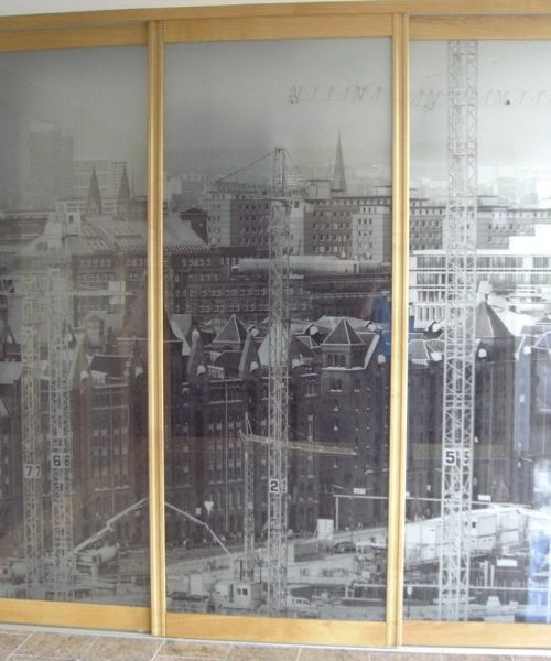 holzrahmentuer-wehmeiersmanufaktur-94F7C14FF-936B-D0BF-E9DD-33BC259A250C.jpg